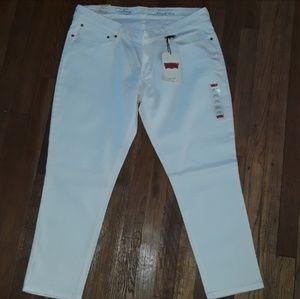 White Denim Levi Jeans